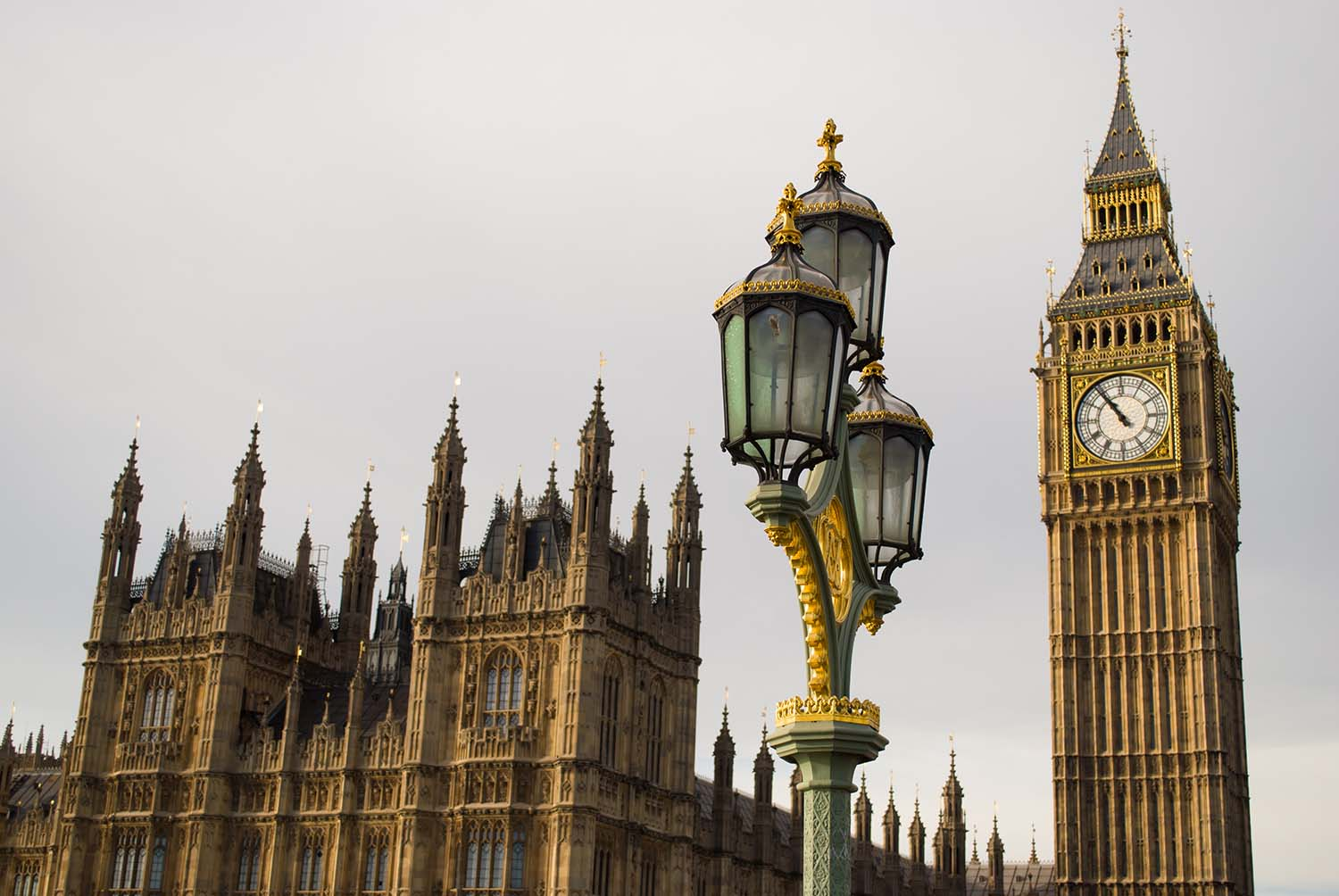 A close up of Big Ben and the Houses of Parliament